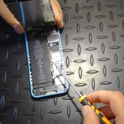 iPhone 4 black rubber piece